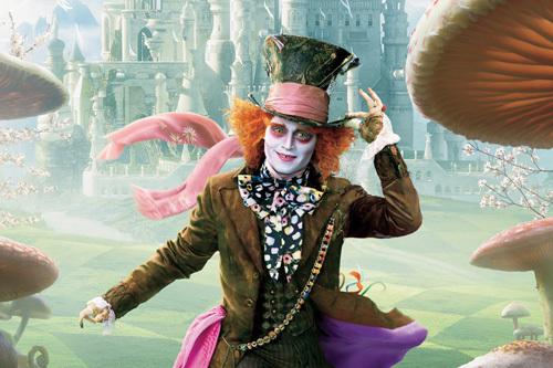 """Bộ phim từng mang lại doanh thu hơn 1 tỷ đô la Mỹ """"Alice ở xứ sở thần  tiên"""" đã chọn được ngày ra mắt và các diễn viên chính cho phần ..."""