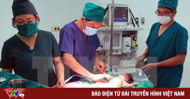BV Nhi đồng Đồng Nai cứu sống bé gái 3 tháng tuổi bị dị tật phình đại tràng
