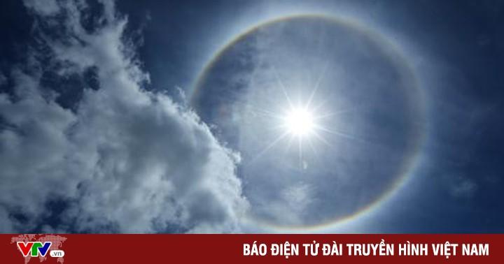 Vòng tròn lạ quanh mặt trời xuất hiện tại Điện Biên