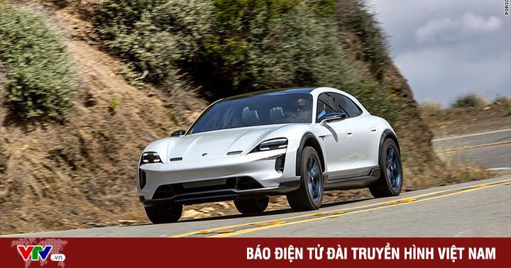 Porsche ra mắt ô tô điện thể thao đầu tiên với tên gọi Taycan