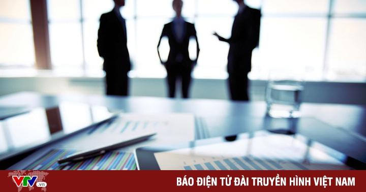 Chọn người hay chọn tiền? - Quyết định khó với doanh nghiệp