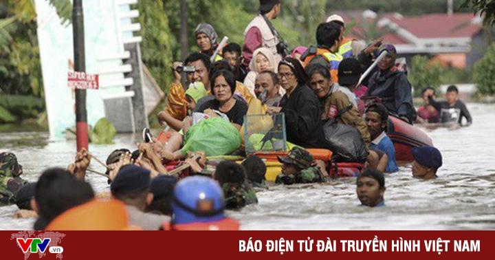 Lở đất và lũ quét tại Indonesia: Số người thiệt mạng tăng lên gần 90 người