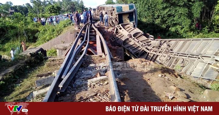 Hơn 150 người thương vong trong vụ tai nạn đường sắt tại Bangladesh