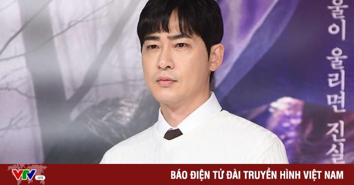 Sau bê bối tình dục, Kang Ji Hwan bị chấm dứt hợp đồng