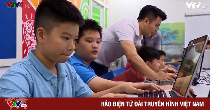 Trẻ em tiếp cận công nghệ qua lập trình robot