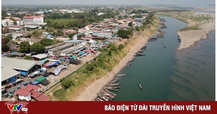 Mực nước sông Mekong đoạn qua Thái Lan thấp nhất trong...