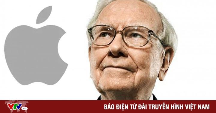 ''Nhà tiên tri xứ Omaha'' Warren Buffett bỏ Samsung, chuyển sang dùng iPhone