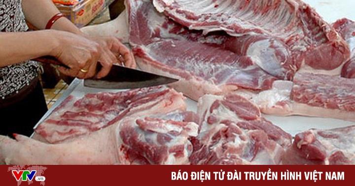 Nhóm lợi ích nào đã đẩy giá thịt lợn chỉ rẻ trên tivi?