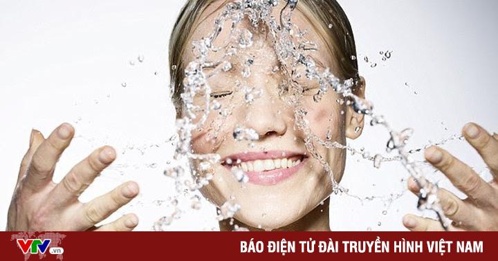 Nước máy có thật sự gây hại cho da?