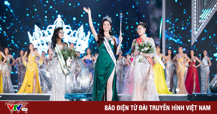 Tròn 1 năm đăng quang Hoa hậu tại Đà Nẵng, Lương Thùy Linh có hành động bất ngờ