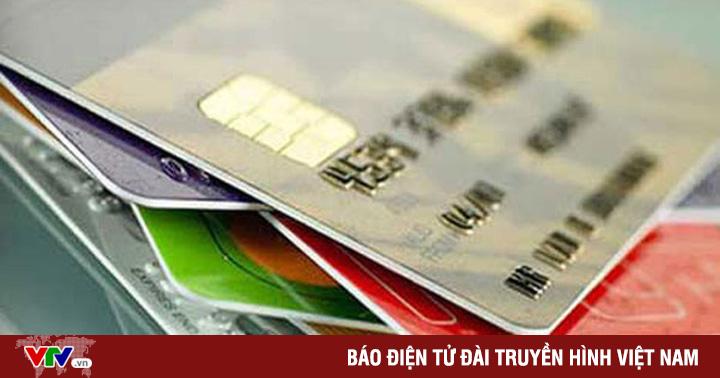 Lập web giả, phát hành thẻ tín dụng ''fake'', thu tiền phí rồi... biến mất