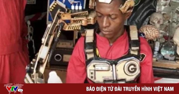 Phát minh cánh tay robot có thể ''đọc suy nghĩ'' người đeo