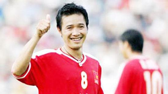 Cựu danh thủ Hồng Sơn là người ghi bàn thắng duy nhất vào lưới Malaysia ở cuộc đối đầu tại Tiger Cup 1998.