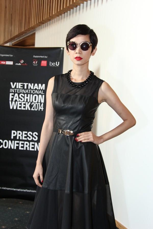 Siêu mẫu Xuân Lan tham gia giám khảo của buổi tuyển chọn Vietnam International Fashion Week 2014