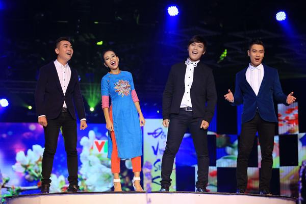 Nữ ca sĩ Thảo Trang cũng sẽ góp mặt trong chương trình với ca khúc Mùa xuân gọi, song ca cùng nhóm Artista.