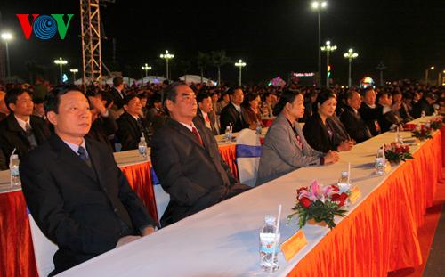 Đồng chí Lê Hồng Anh, Ủy viên Bộ Chính trị, Thường trực Ban Bí thư dự lễ khai mạc.