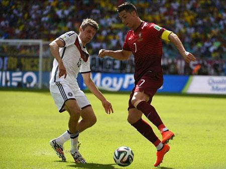 Muller cho rằng thật nhàm chán nếu C.Ronaldo tiếp tục đoạt QBV