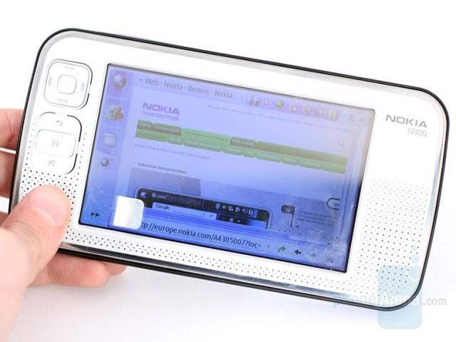 N800 ra mắt đầu năm 2007 (Ảnh: PhoneArena)