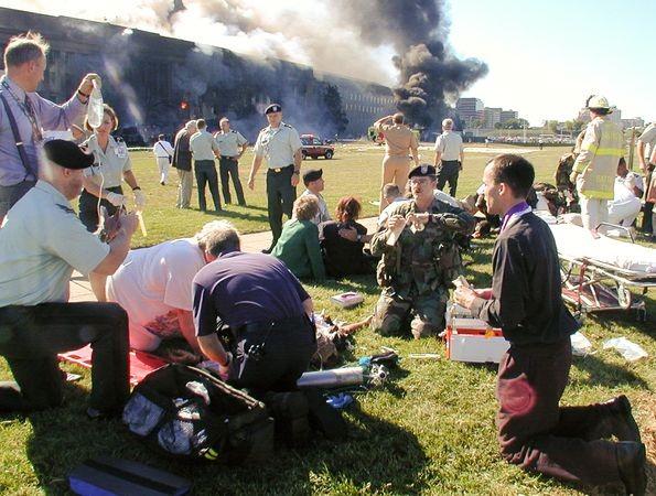 Vụ khủng bố 11/9 qua những bức ảnh không thể quên