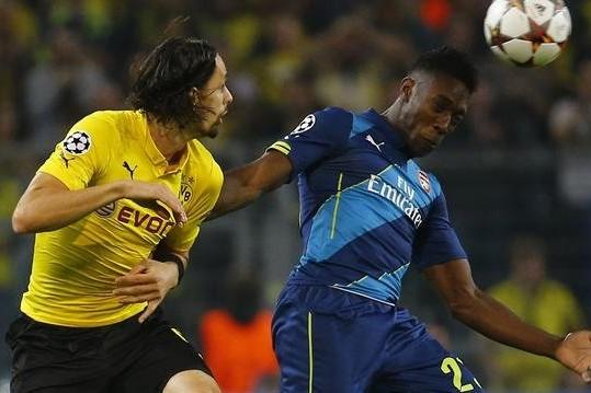 Hàng công thiếu sắc bén, hàng thủ mơ ngủ đã góp phần tạo nên một đêm đáng quên của Arsenal tại Signal Iduna Park.