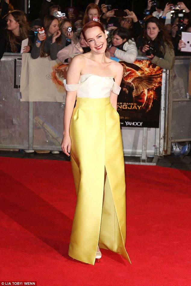 Jenna Malone  tinh tế trong một chiếc váy nổi bật