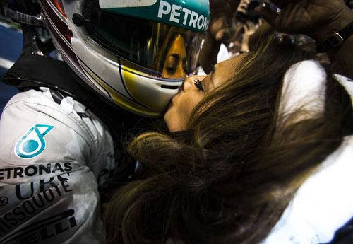 Lewis Hamilton và người bạn gái Nicole Scherzinger