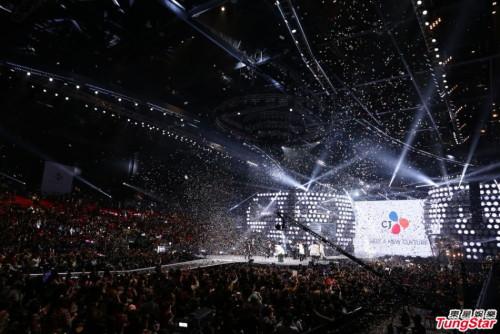 MAMA 2014 đã chính thức khép lại, đánh dấu một năm ấn tượng đối với nhóm nhạc EXO