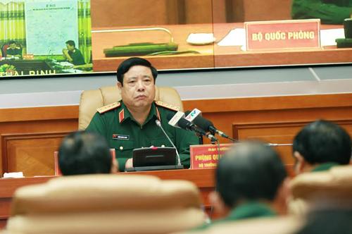 Đại tướng Phùng Quang Thanh chỉ đạo các đơn vị quân đội triển khai ứng phó bão số 3