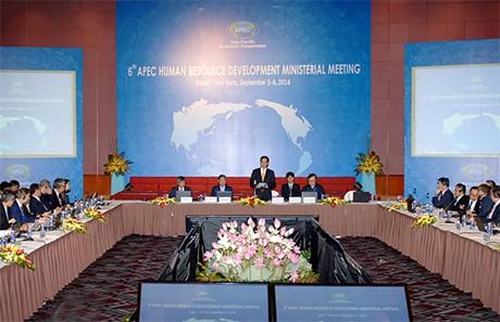 Quang cảnh Hội nghị Bộ trưởng APEC về phát triển nguồn nhân lực sáng 6/9/2014. (Ảnh: VGP/Nhật Bắc)