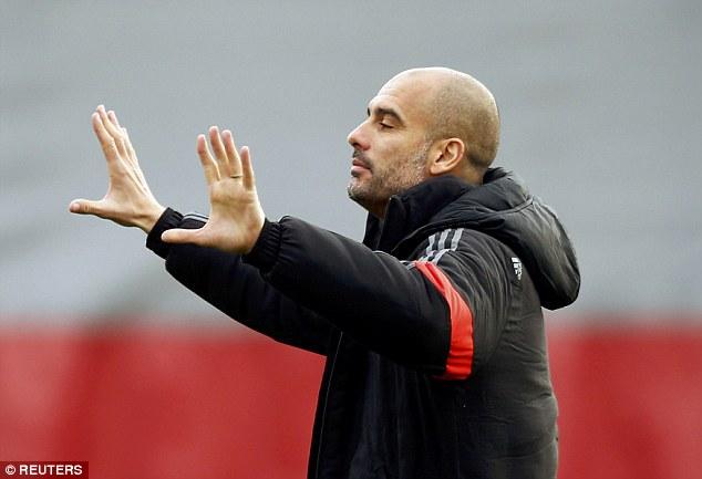Không rõ HLV Josep Guardiola đang toan tính điều gì?