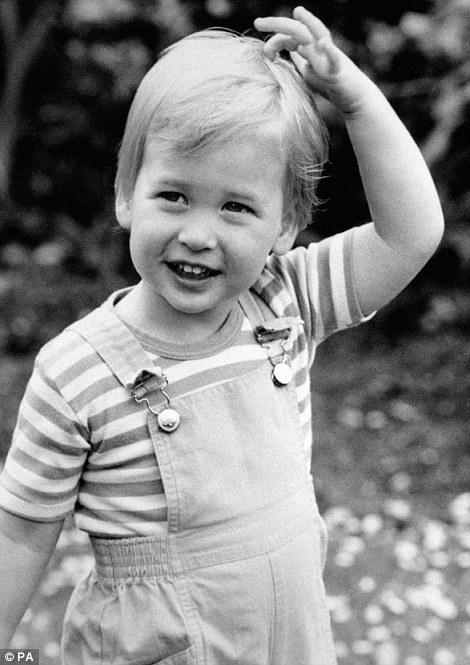Ảnh Hoàng tử William khi còn là một cậu bé