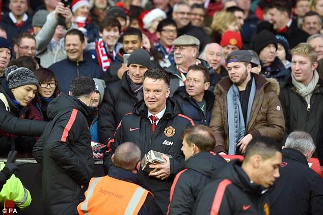 HLV Van Gaal đã thay đổi rất nhiều thứ tại Man Utd