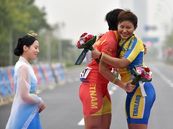 Xe đạp đường trường Việt Nam giành tấm HCB lịch sử ở ASIAD