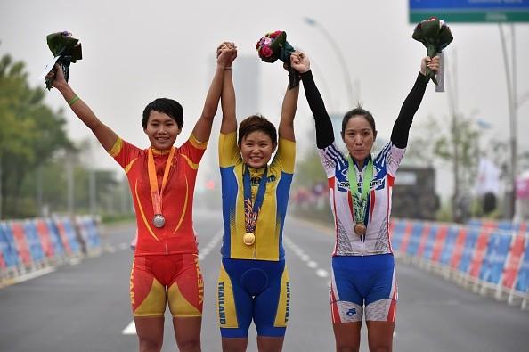 ASIAD 17 (29/9): Xe đạp đường trường Việt giành tấm HCB lịch sử