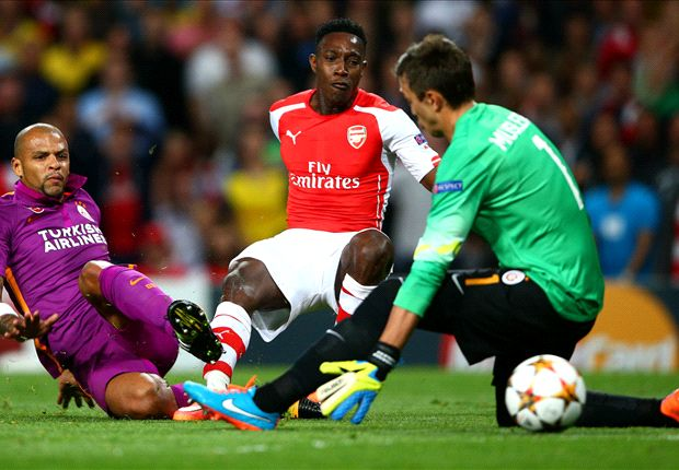 Sau trận này, không biết HLV Louis van Gaal (Man Utd) có đòi mua lại Welbeck hay không?
