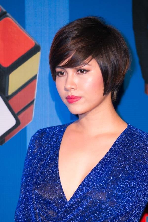 """""""Soi"""" tóc đẹp và đẳng cấp của sao Việt tại Elle Fashion Show 5"""