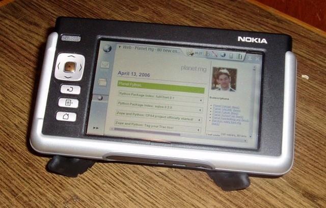 N770 ra đời vào năm 2005 (Ảnh: PhoneArena)