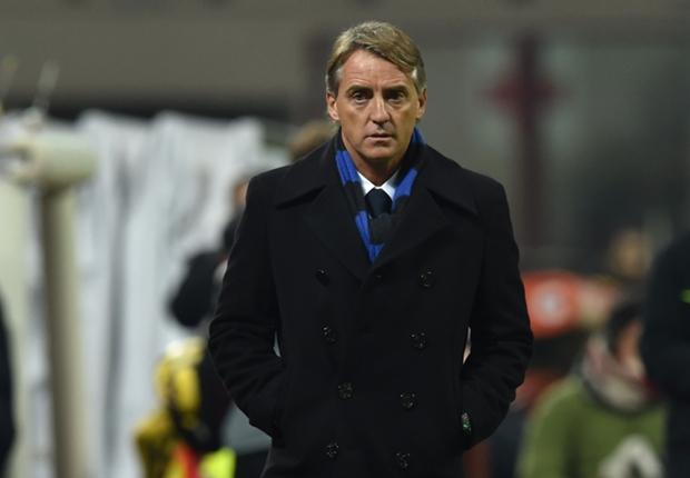 HLV Roberto Mancini vẫn chưa thể có chiến thắng đầu tay cùng Inter Milan tại Serie A