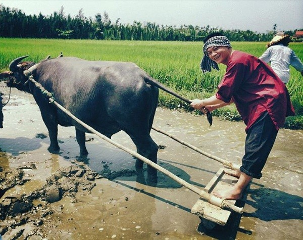 MC Trần Quang Minh: Khi về nhà tôi ít nói hơn 7