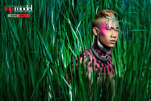 Thí sinh Next Top Model hóa thổ dân da đỏ - 13