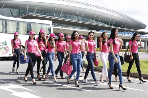Thời tiết nắng đẹp tại Phú Quốc khiến 38 thí sinh vô cùng thích thú