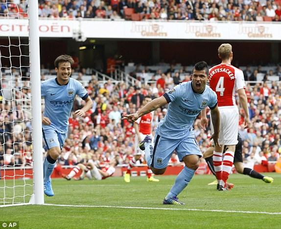Man City và Arsenal đã cống hiến cho người hâm mộ một trận cầu vô cùng hấp dẫn tại Emirates.