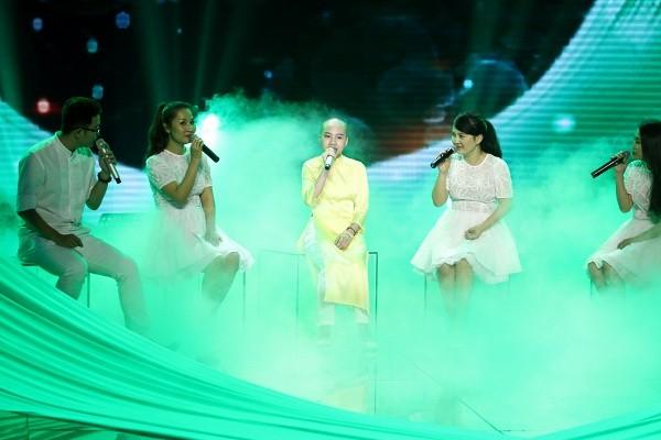 Huyền Trân tiếp tục trung thành với nhạc Trịnh