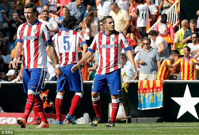 Atletico ngơ ngác rời Mestalla tay trắng.