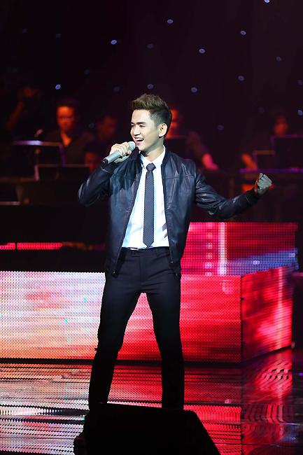 Bài ca lãng du của nhạc sĩ Sơn Thạch qua phần thể hiện của nam ca sĩ Thanh Tùng. Ca khúc này đã nhận được giải Bài hát ấn tượng do khán giả bình chọn.