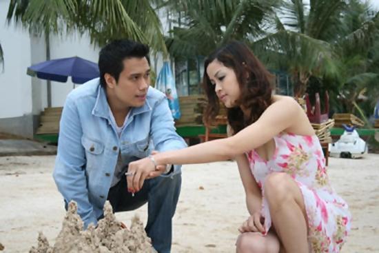 DV Việt Anh và Phan Hòa trong phim Chạy án