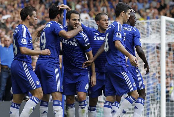 Chelsea chỉ còn hơn Man City 3 điểm