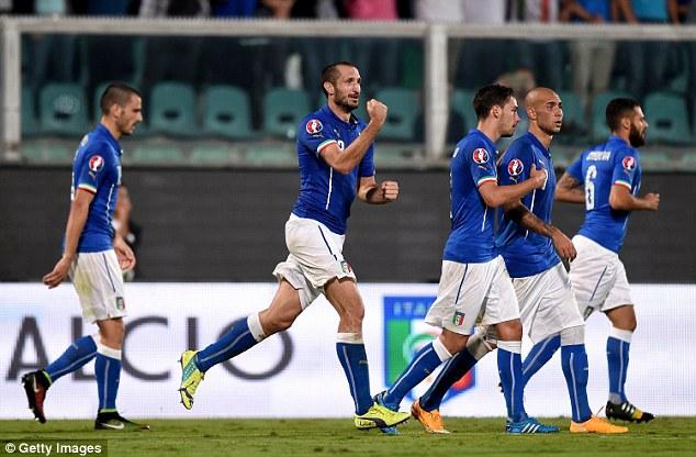 Trung vệ Chiellini ghi cả 3 bàn thắng trong trận đấu này