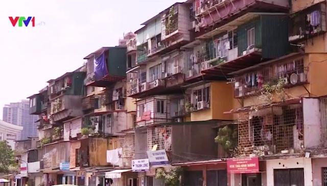 Các khu chung cư cũ ở Thành Công hiện đã bị xuống cấp nghiêm trọng.