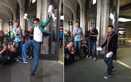 Niềm vui của những khách hàng đầu tiên sở hữu iPhone 6 và iPhone 6 Plus